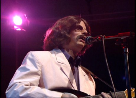 Les Fradkin as George Harrison