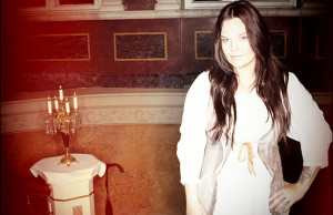 "Anette Olzon to release a debut solo album ""Shine"""